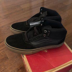 NWT Vans Gilbert Crockett Pro Mid Black Gum Size 8